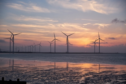 Reducing carbon emissions with wind powered websites